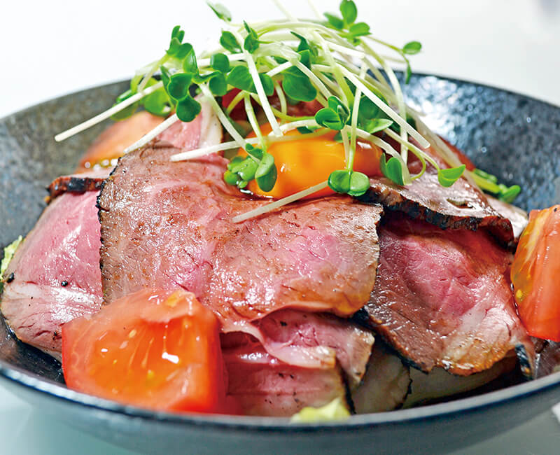 Roast beef rice bowl Image