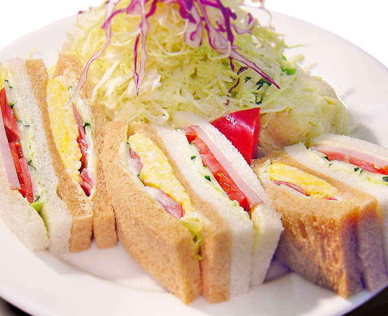 Mix sandwiches with Salad Image